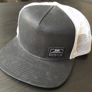 NWOT Nike SnapBack hat